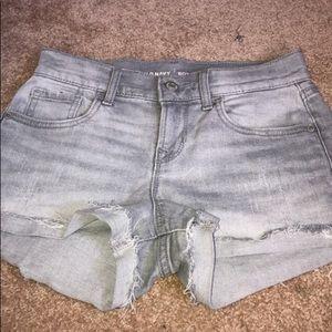 Light grey shorts!